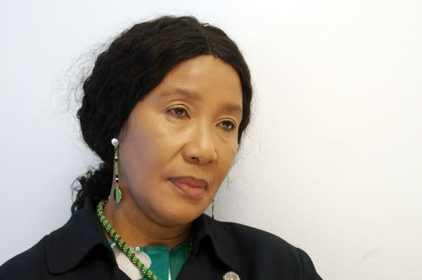 Dr. Makaziwe Mandela, Nelson Mandela's oldest daughter
