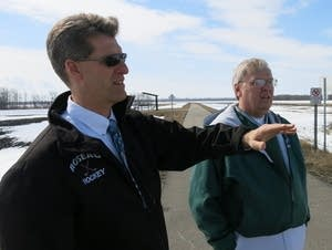 Roseau development coordinator Todd Peterson and Mayor Jeff Pelowski