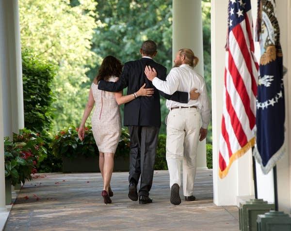 Obama with Bergdahl's parents
