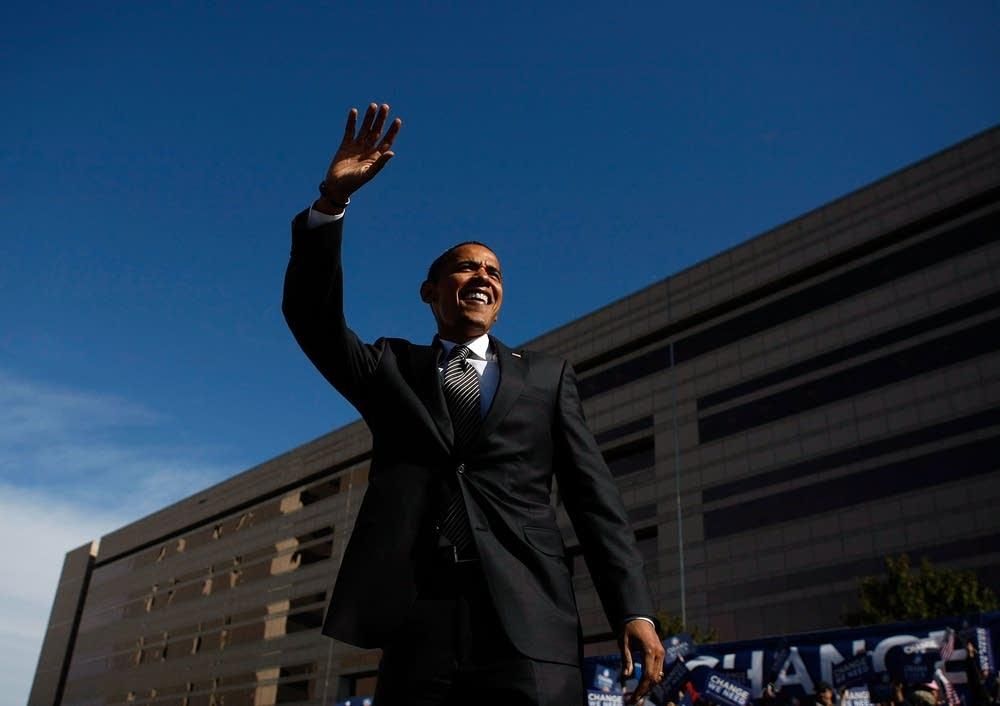 Obama campaiging in North Carolina