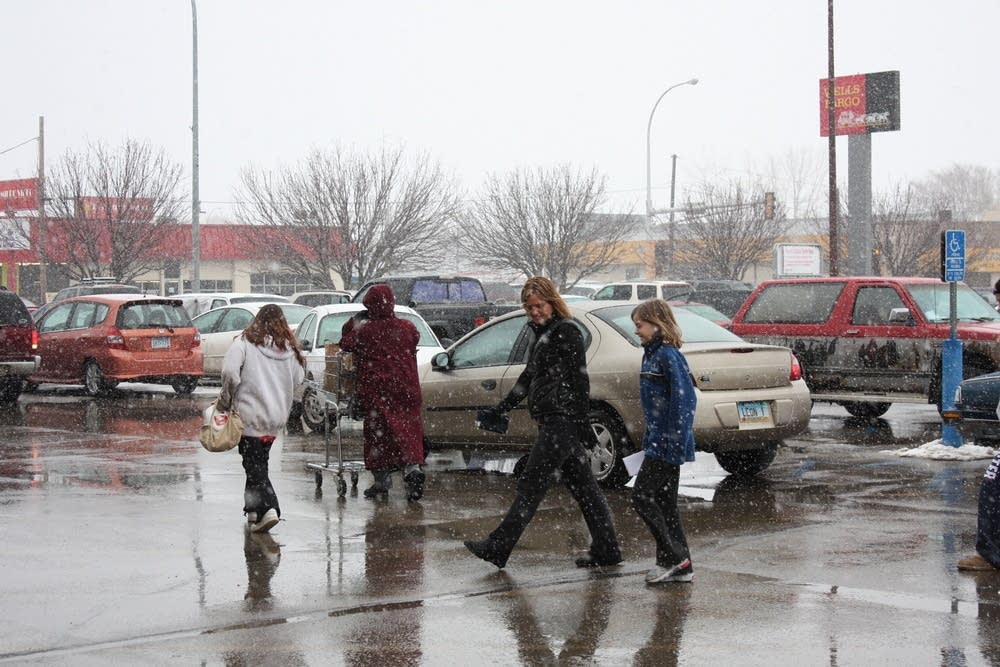 Residents in Moorhead scurry to the grocery store