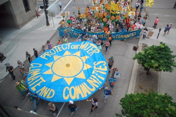 Oil protest in downtown St. Paul