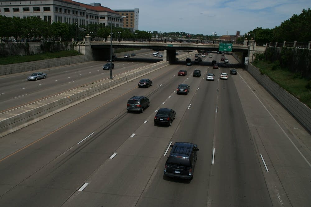 Traffic along I-94/35E in St. Paul, Minn.