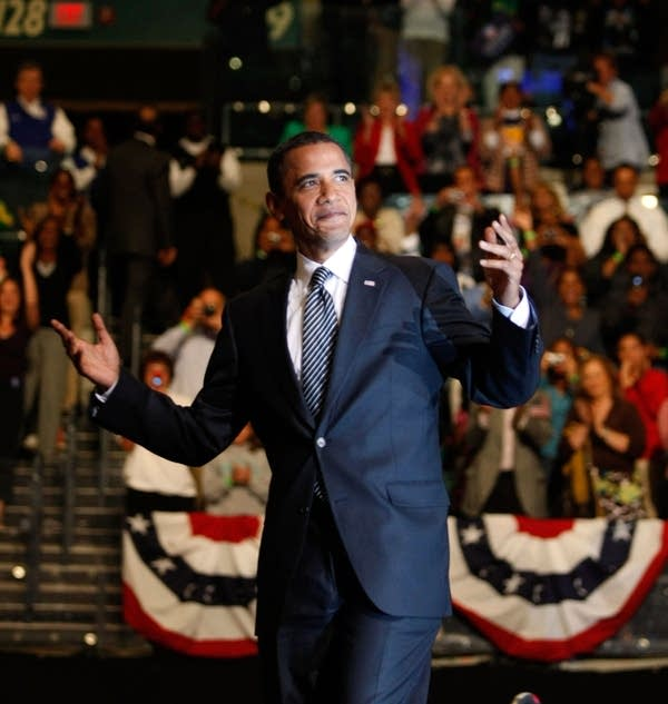 Obama Campaigns Across The U.S. In Final Week Befo