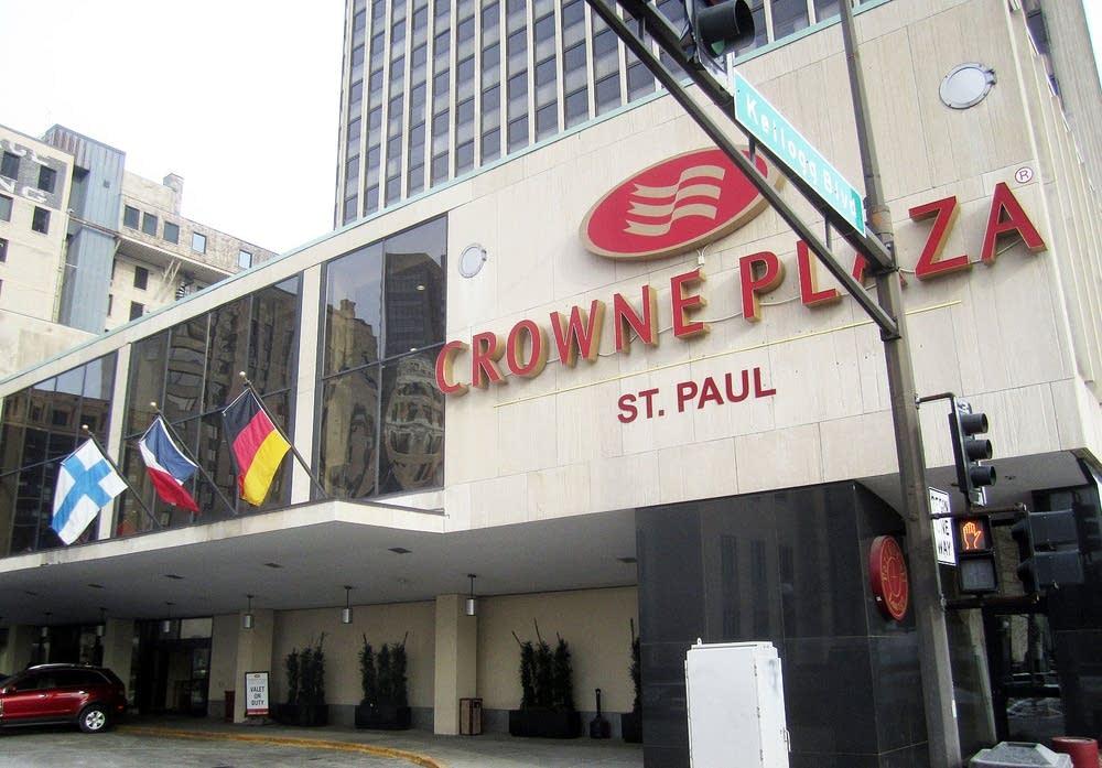 Crowne Plaza Hotel