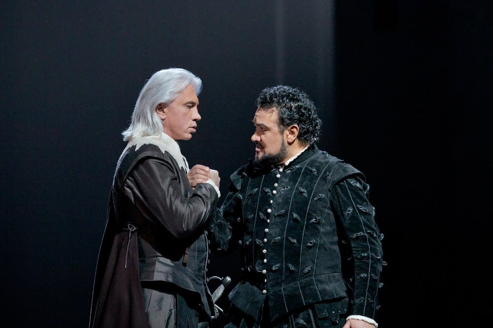 Hvorostovsky as Rodrigo and Vargas as Don Carlo
