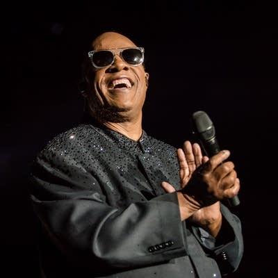 Iggy Pop v Stevie Wonder: Match #43