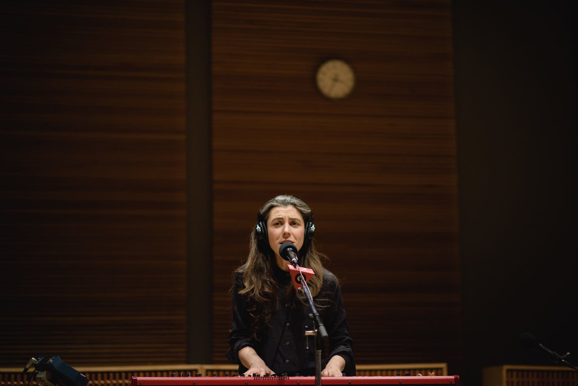 Julia Holter 7