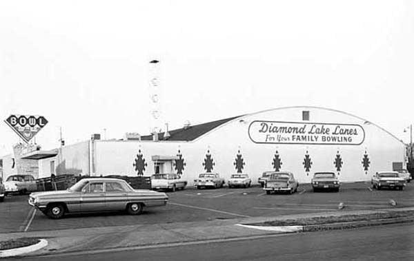 Diamond Lake Lanes in Minneapolis