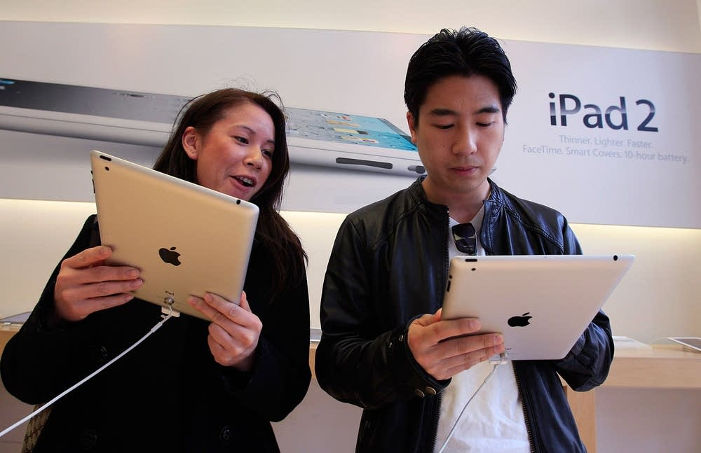 iPad2 customers