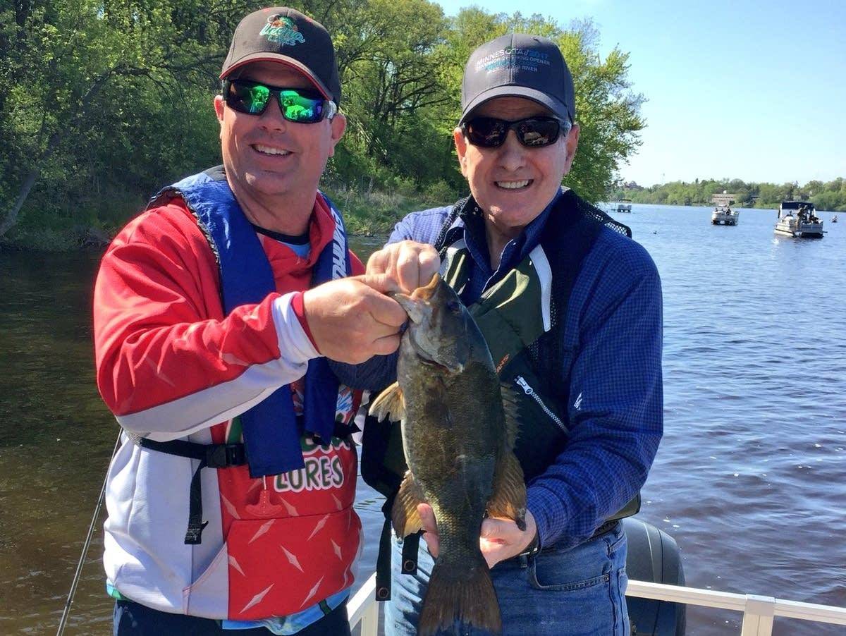 Governor Dayton (R) shows off a 17.5-inch smallmouth bass.