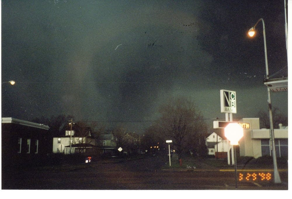 Tornado bearing down