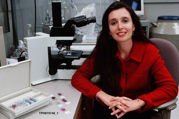 Dr. Claudia Lucchinetti