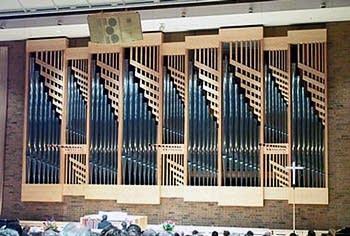 1927 Casavant Frères; 2001 Schantz organ at Saint Andrew's Lutheran Church, Mahtomedi, MN