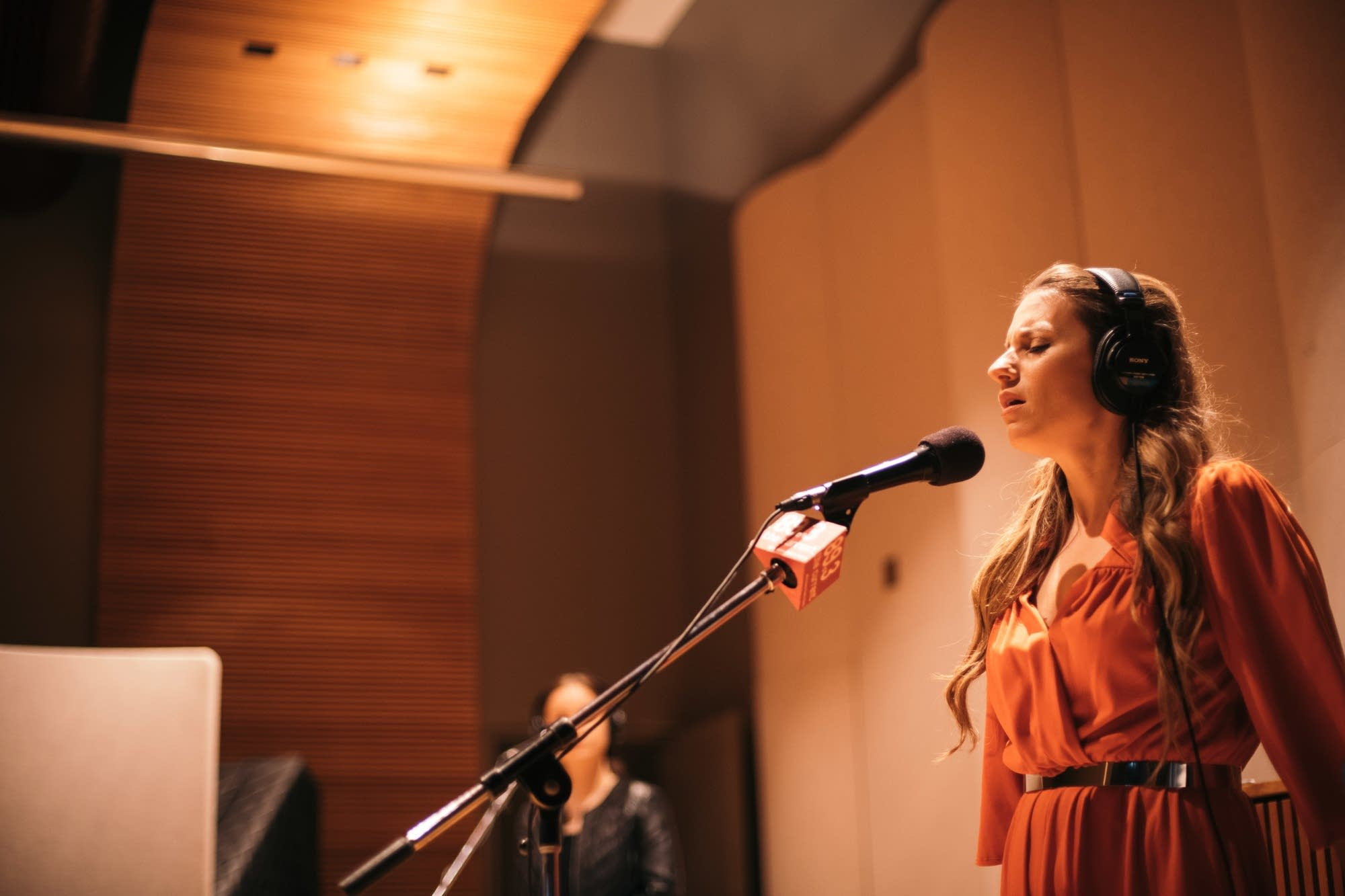 Caitlyn Smith performs in The Current studio