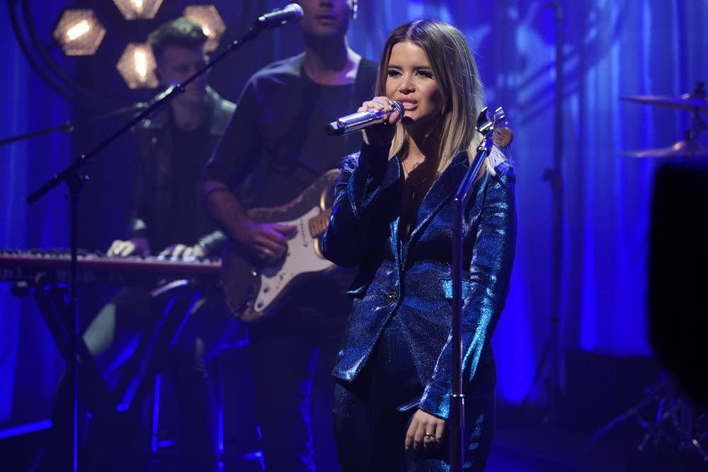 Maren Morris performs on 'Late Night with Seth Meyers'