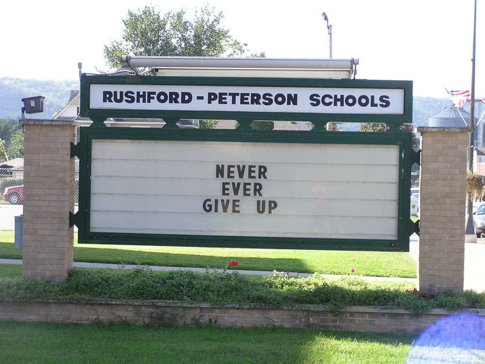 Rushford sign
