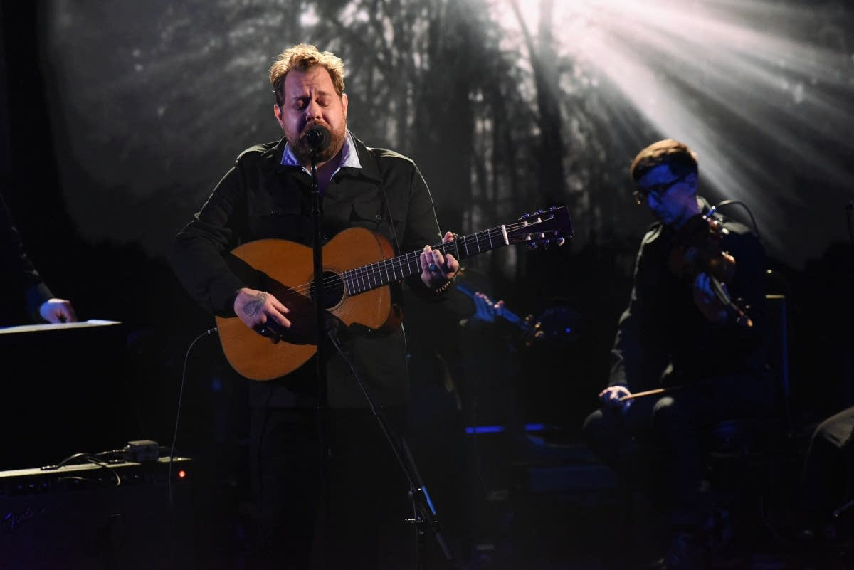 Nathaniel Rateliff performs on 'The Late Show with Stephen Colbert'