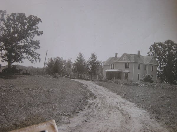 An old picture of the house built in 1900