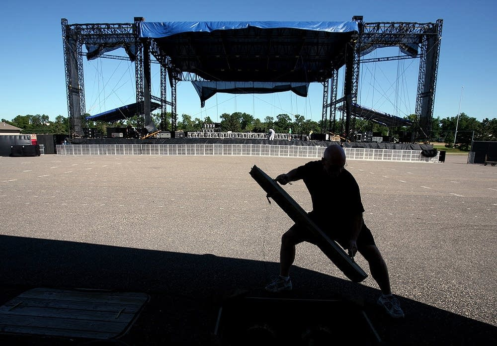 Prepping State Fair stage equipment