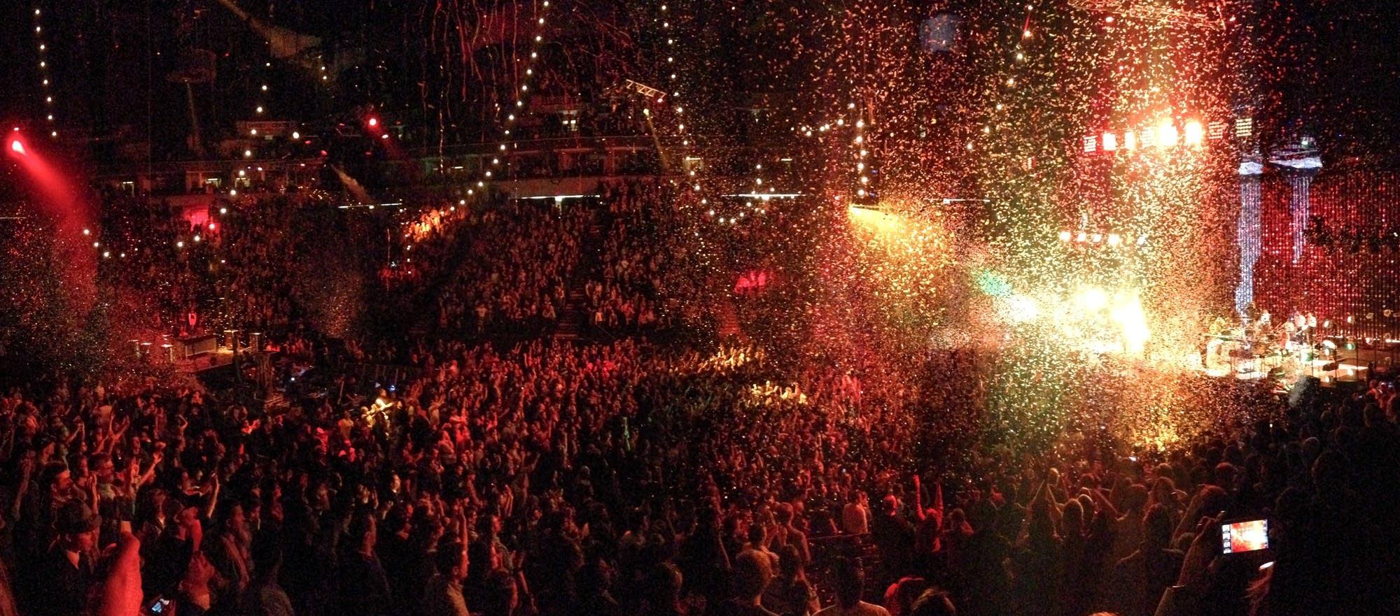 Arcade Fire confetti