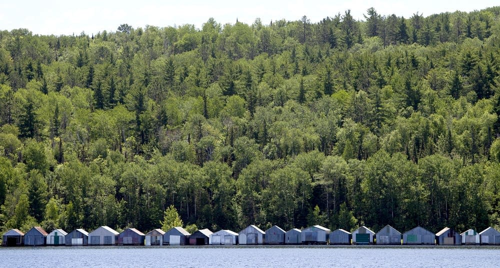 Houseboats on Lake Vermilion