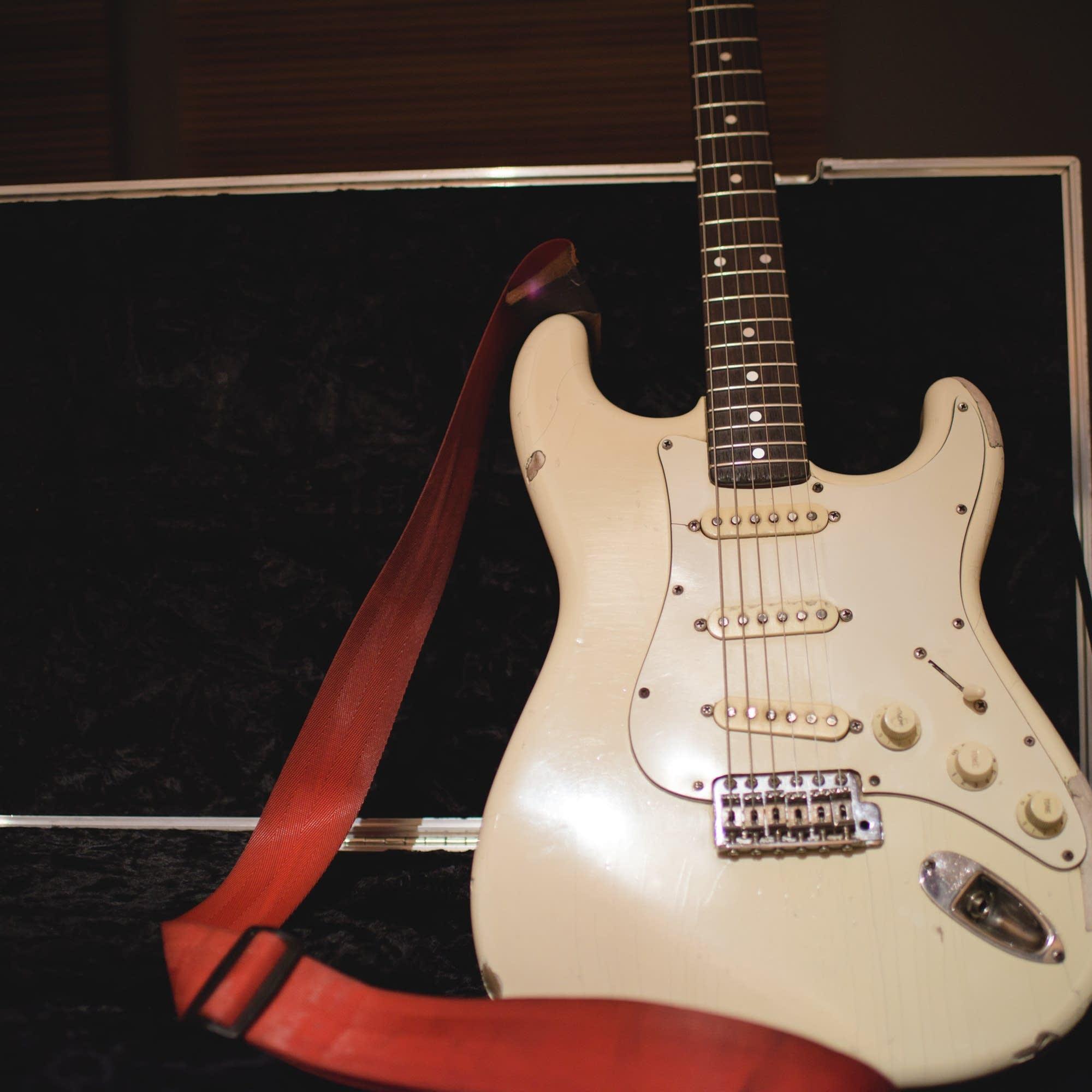 Albert Hammond Jr's Fender Stratocaster