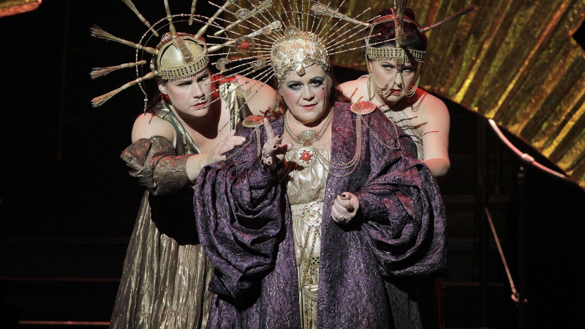Jill Grove as Klytaemnestra in MN Opera's new production of 'Elektra.'