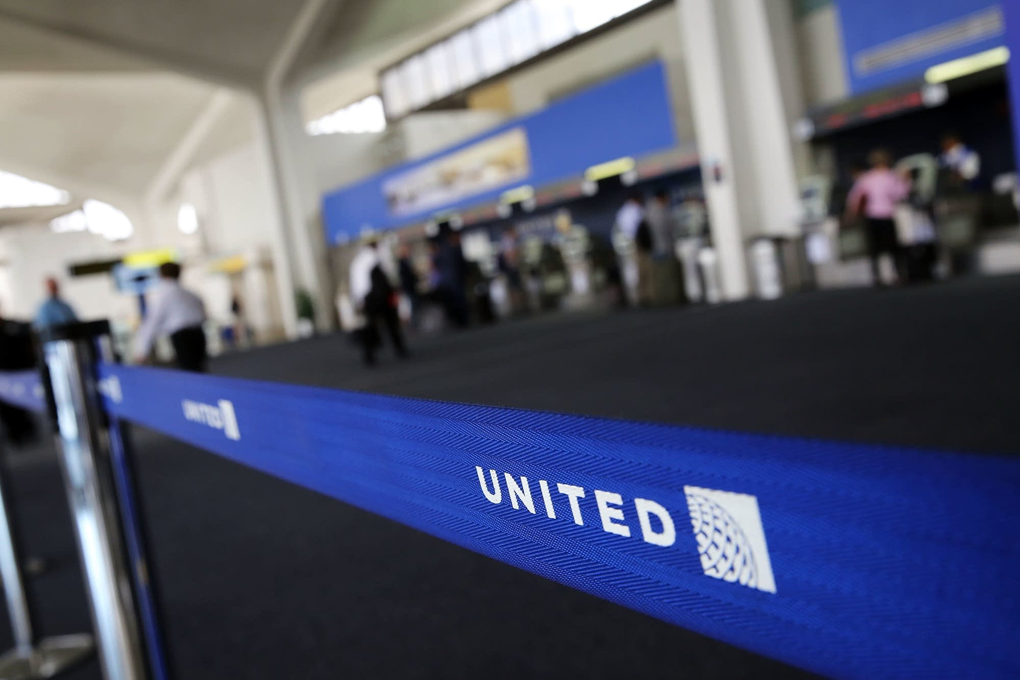 United passenger claims scorpion bit him