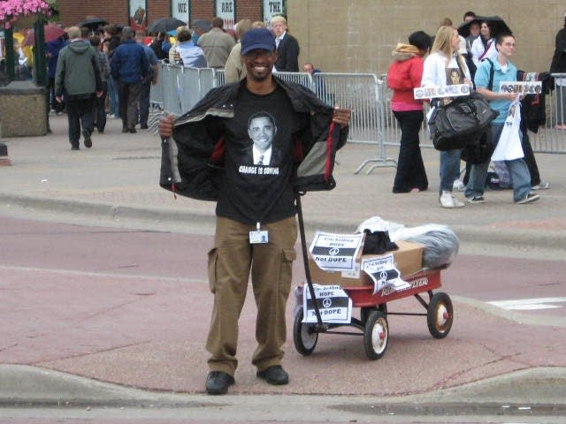 Obama rally peddler