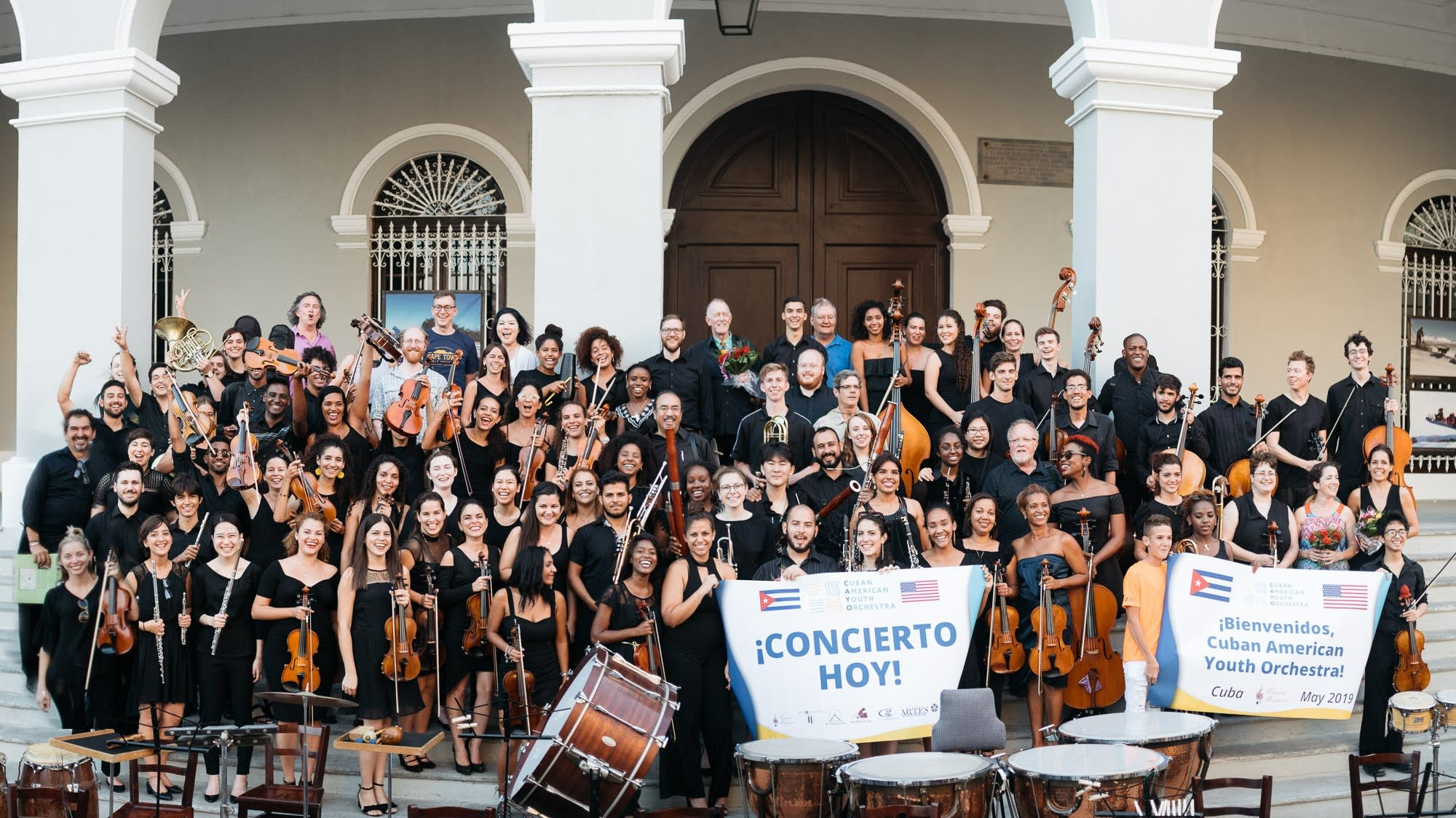 CAYO after their performance in Matanzas