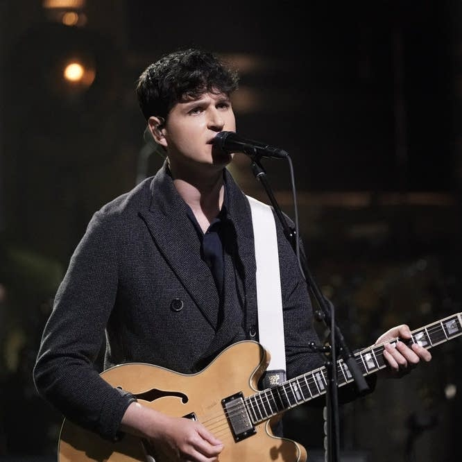 Vampire Weekend perform on 'The Tonight Show Starring Jimmy Fallon'