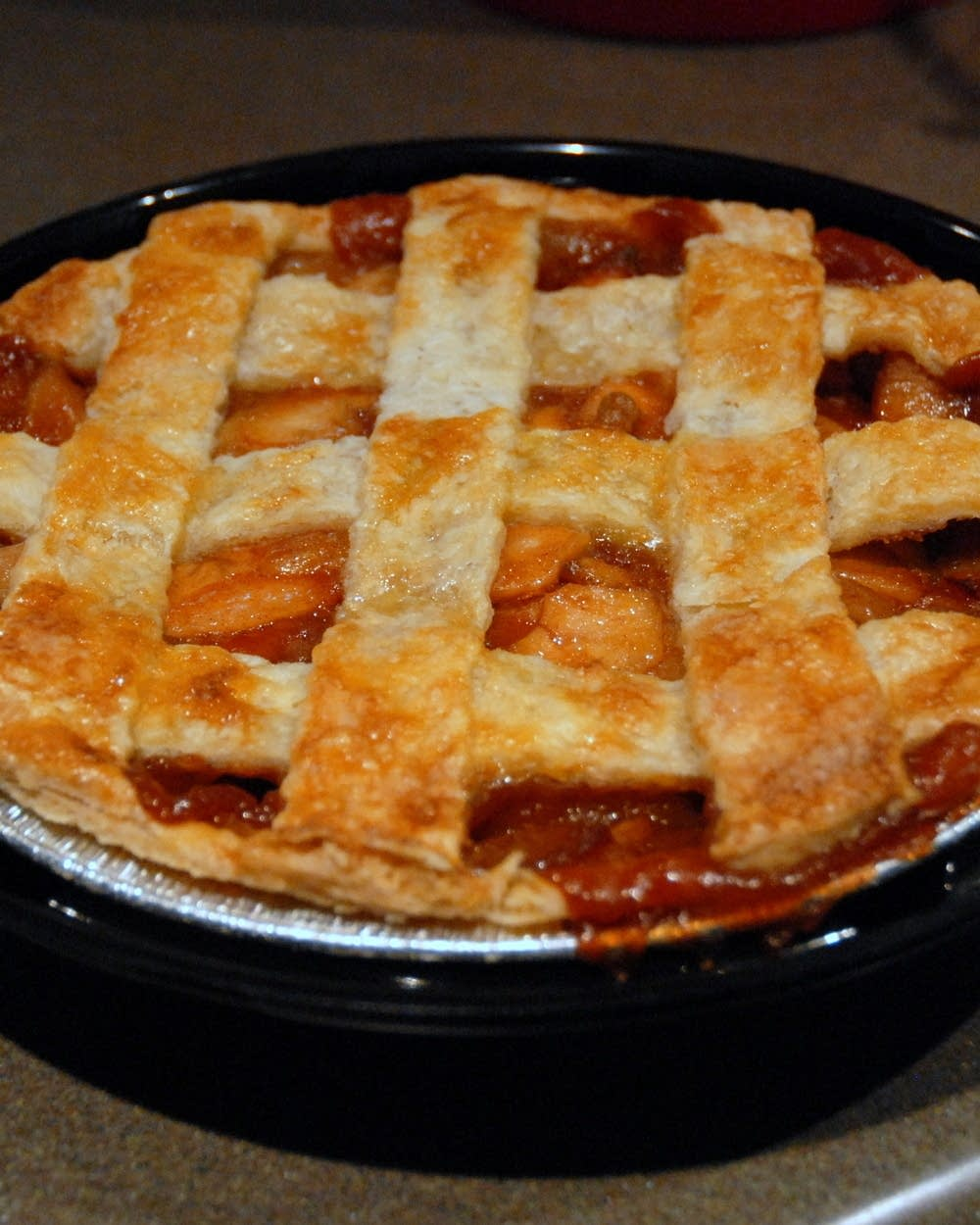 Dining with Dara: The best Thanksgiving to-go pies in Minn  | MPR News