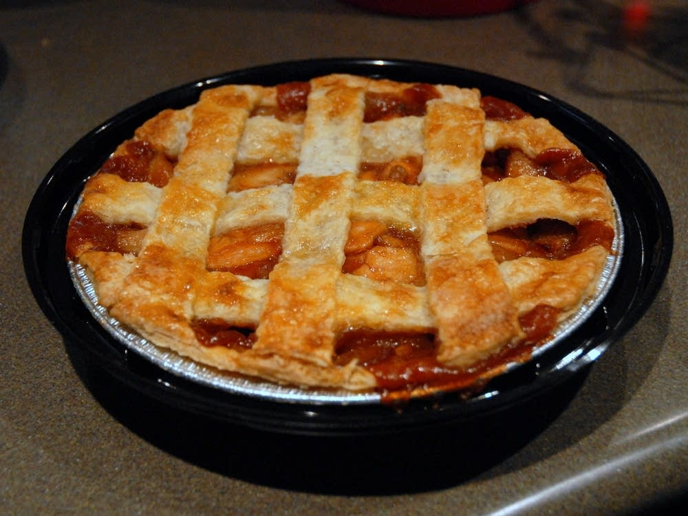 Apple pie from Bars Bakery