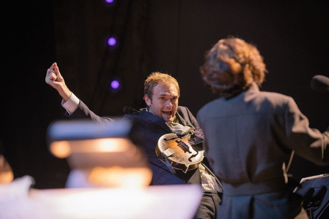 Chris Thile Joyfully Launches Into Second Season Of Prairie Home