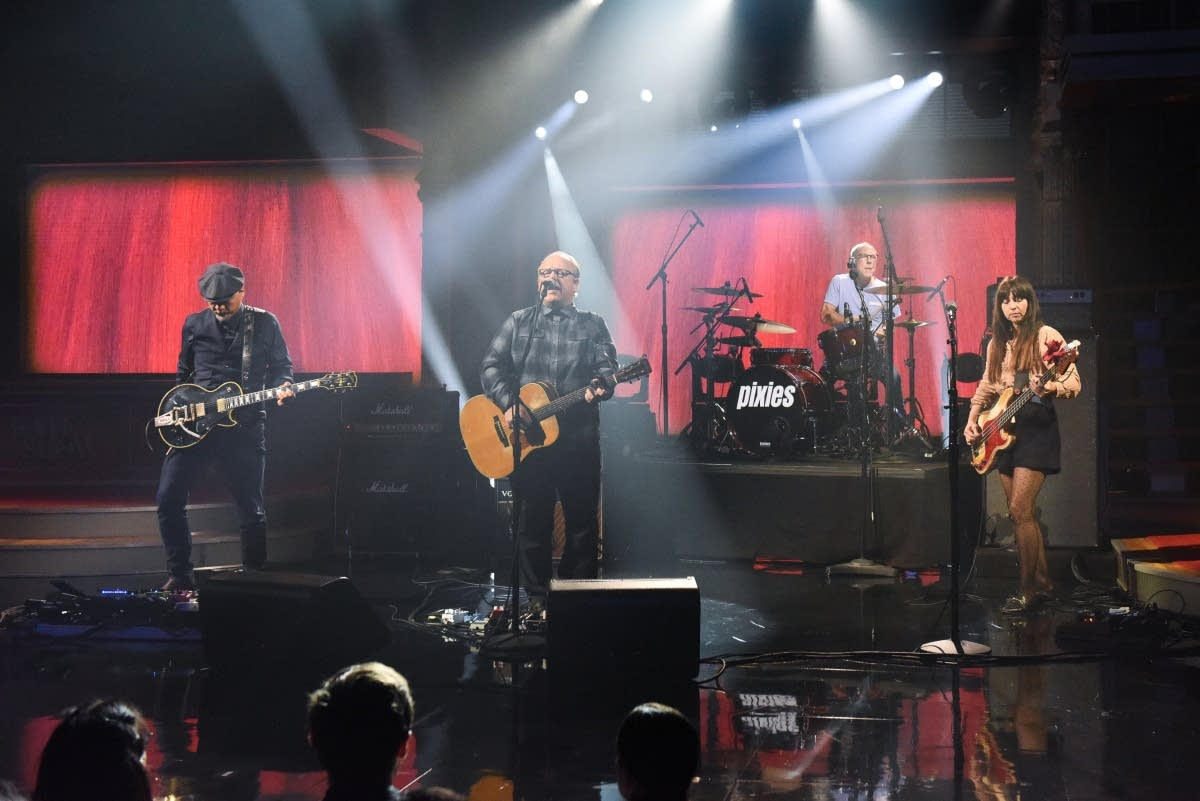 Pixies perform on 'The Late Show with Stephen Colbert'