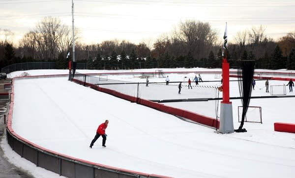 Skating the Oval
