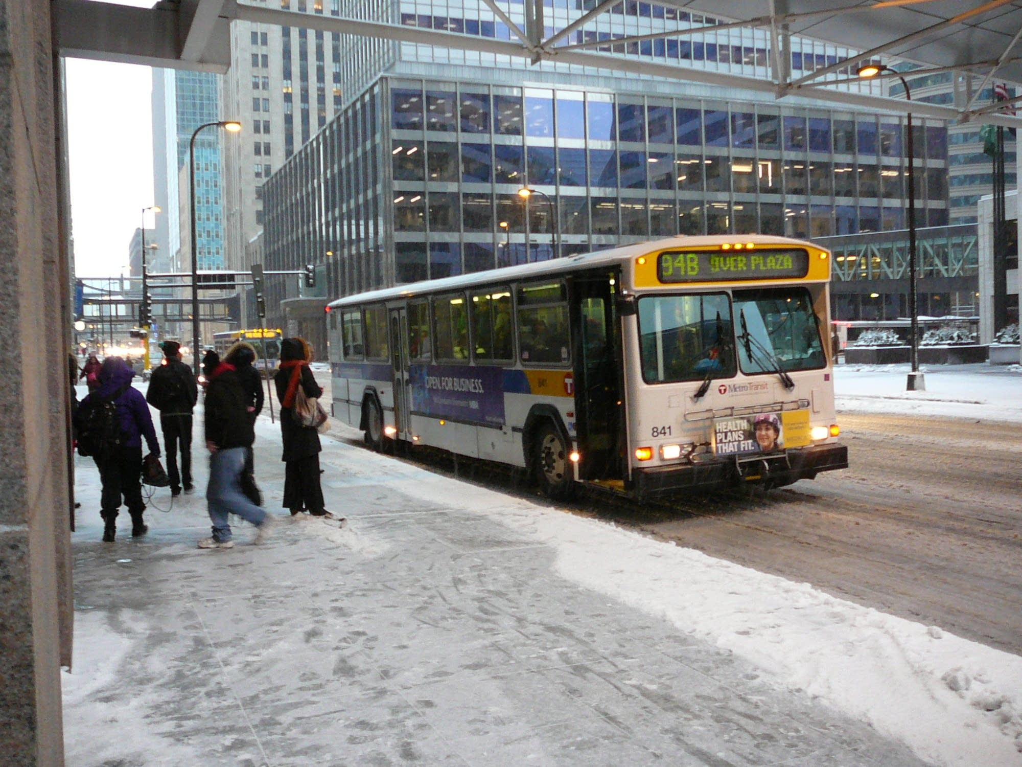 minneapolis, bus, snow, storm