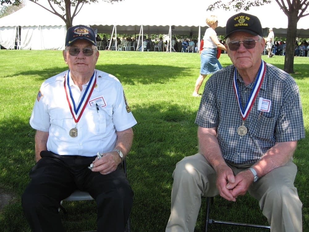 Veterans Donald Pearson and Donald Slindon
