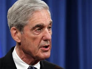 Special counsel Robert Muller speaks at the Department of Justice.