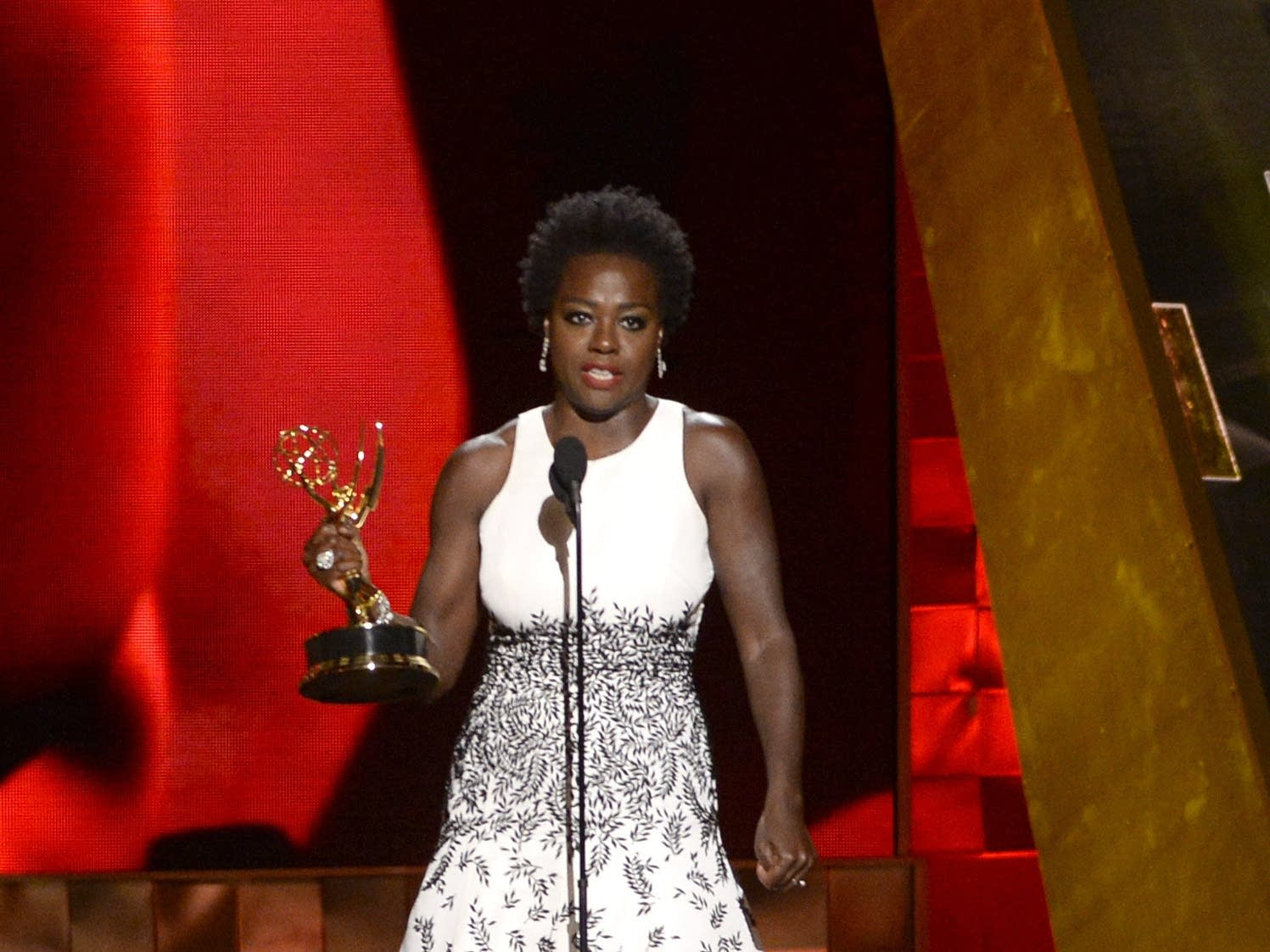 Viola Davis wins Emmy for outstanding lead actress