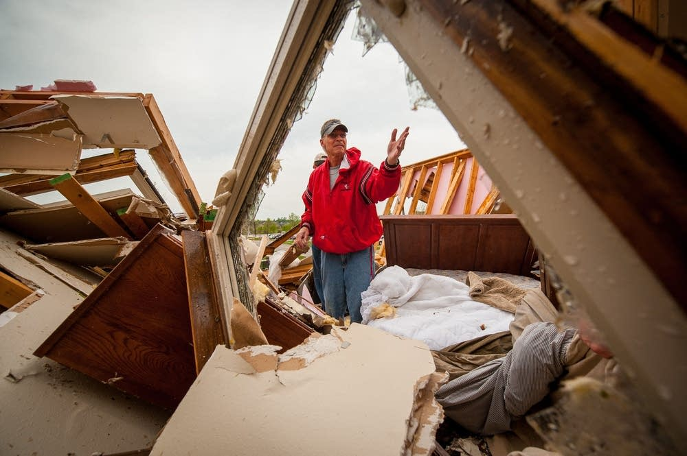 Creston, Iowa, tornado damage