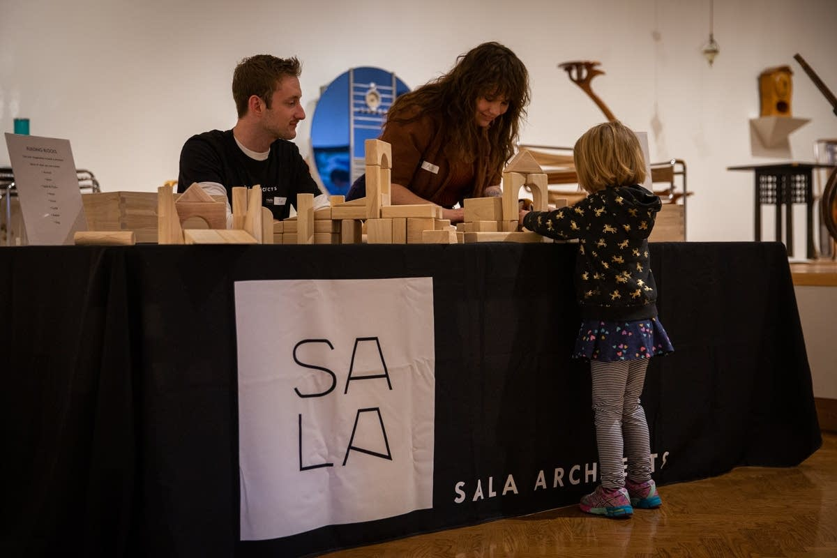 Building with Sala Architects at Rock the Cradle 2020.