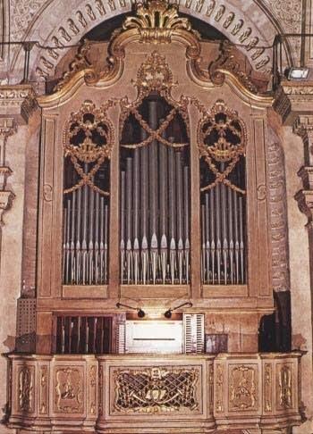 1852 Serassi organ at Valenza Cathedral, Italy