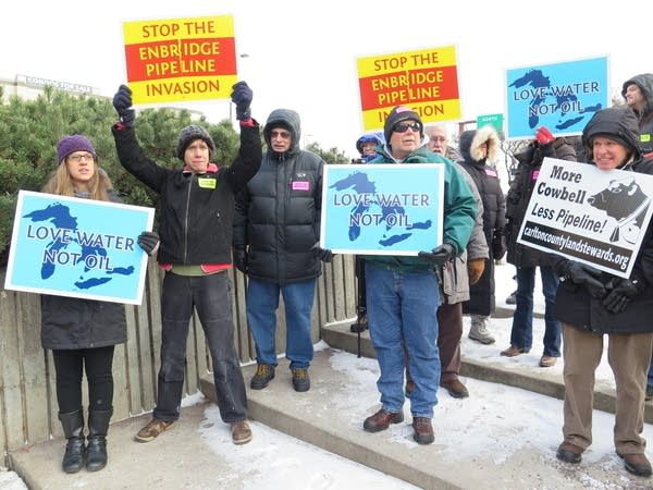 Opponents protest the Sandpiper pipeline.