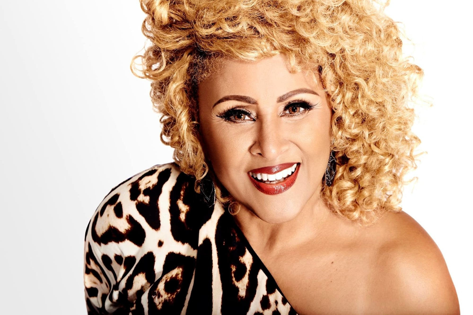 darlene love lean on medarlene love all alone on christmas, darlene love скачать, darlene love christmas, darlene love christmas скачать, darlene love christmas mp3, darlene love winter wonderland, darlene love today i met the boy i'm gonna marry lyrics, darlene love white christmas, darlene love a fine fine boy, darlene love discography, darlene love today i met the boy, darlene love alley oop, darlene love all alone on christmas lyrics, darlene love home alone, darlene love lean on me, darlene love слушать, darlene love christmas перевод, darlene love baby come home, darlene love lyrics, darlene love paint another picture
