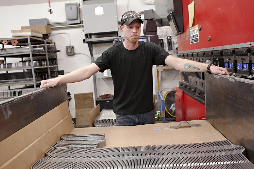 Pequot Tool & Manufacturing