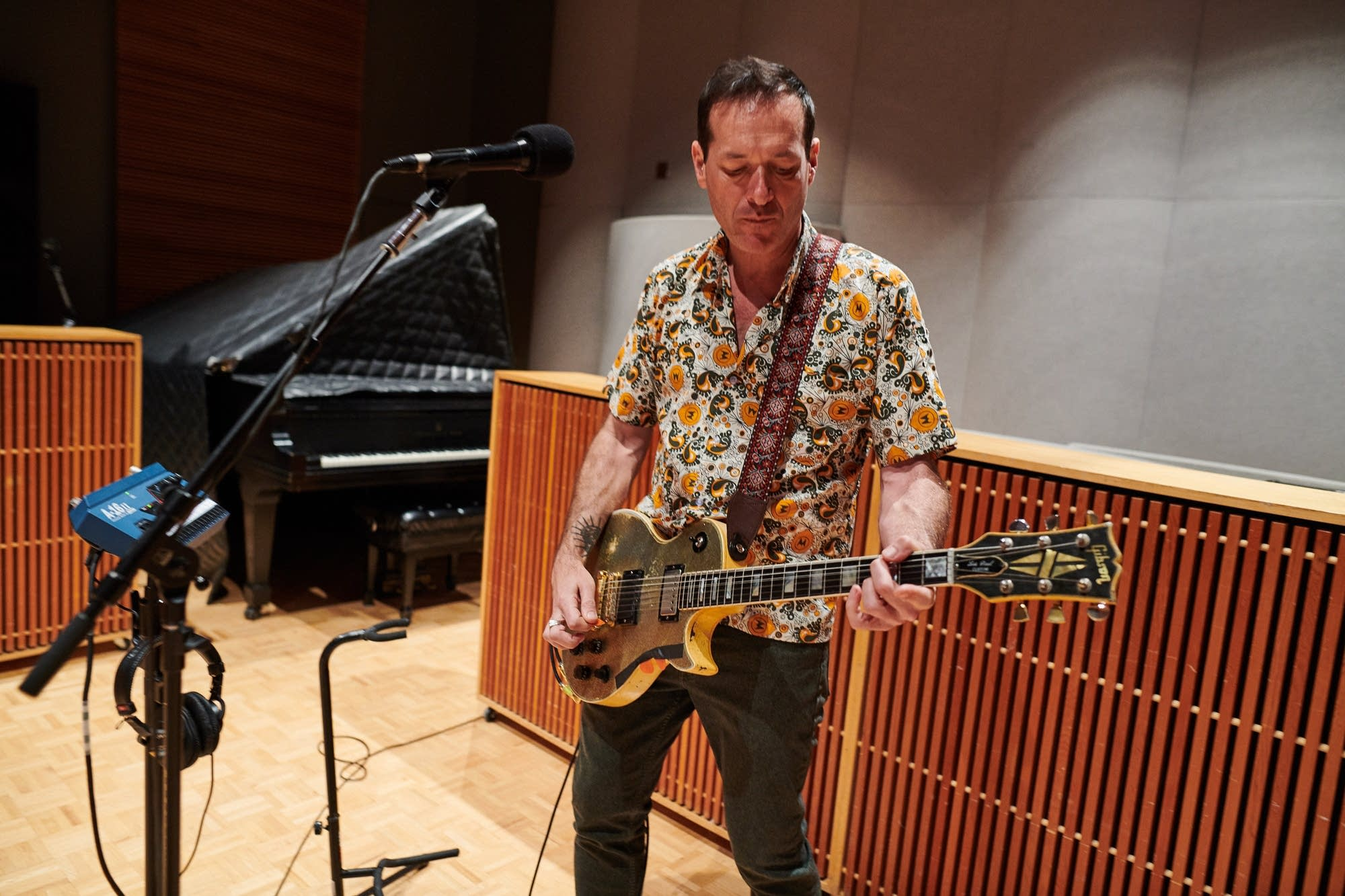 Hot Snakes perform in The Current studio