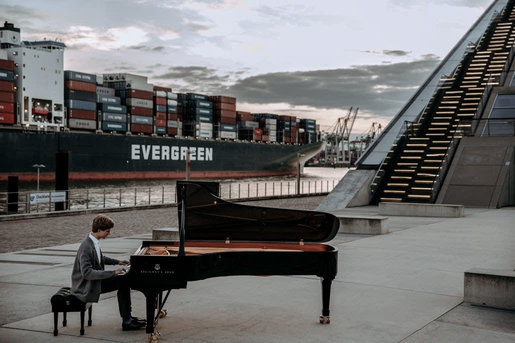 Pianist Jan Lisiecki