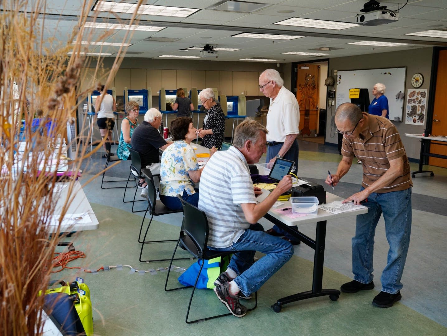 People vote at the Minnesota National Wildlife Refuge.